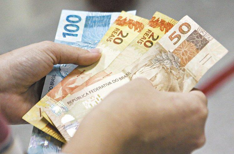 Pensionistas e aposentados do INSS não terão pagamento do 13 salário: entenda!
