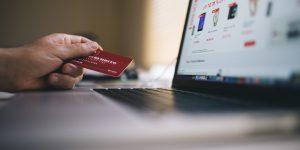 Juros do cartão de crédito: quanto serei cobrado pelo atraso na fatura?